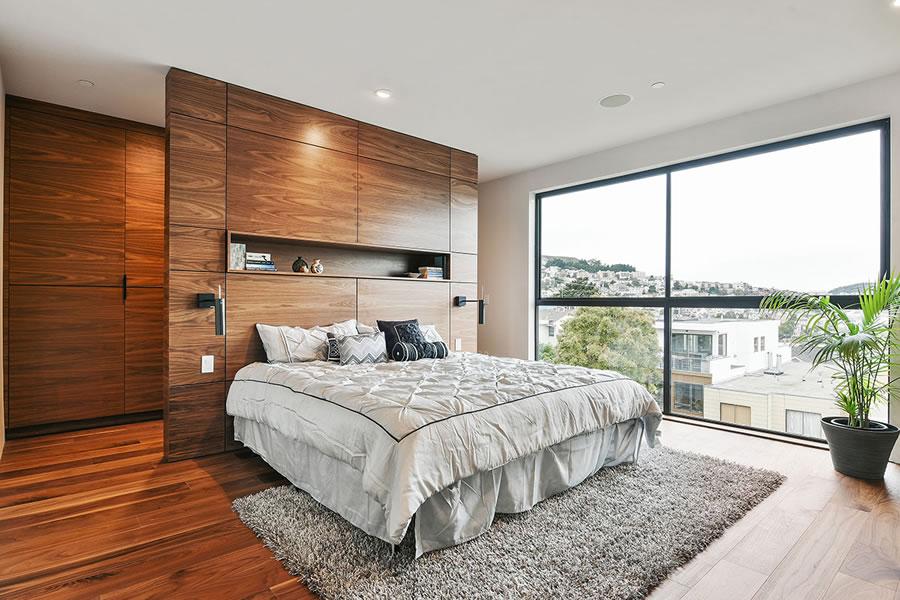 4352-26th-street-master-bedroom