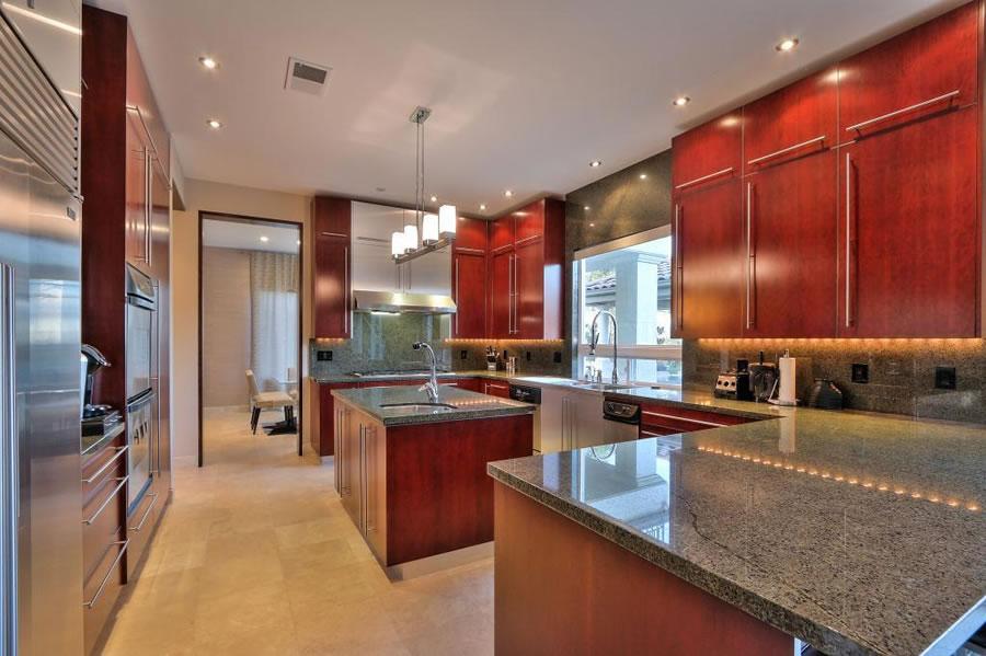 4903-eastbourne-court-kitchen