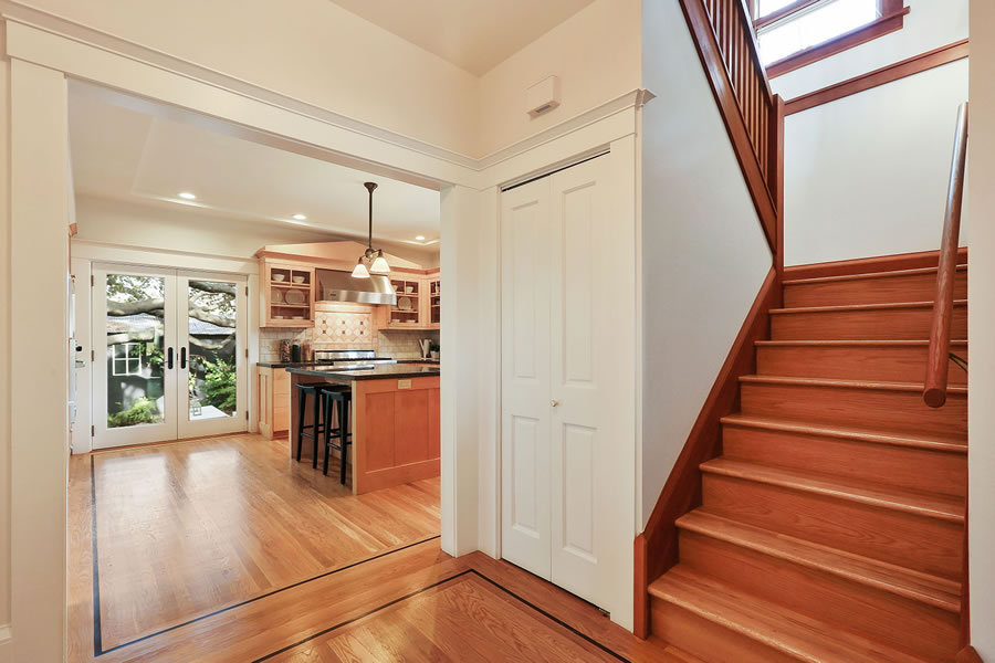 1613 Sonoma Avenue Stairs