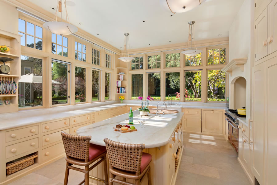 200 Polhemus Avenue - Kitchen