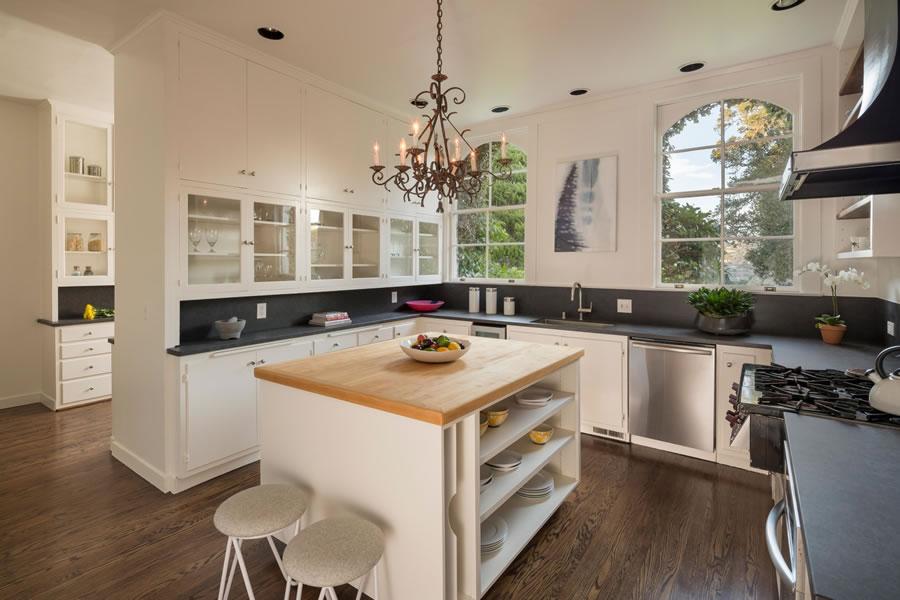 345 Golden Gate Belvedere - Kitchen
