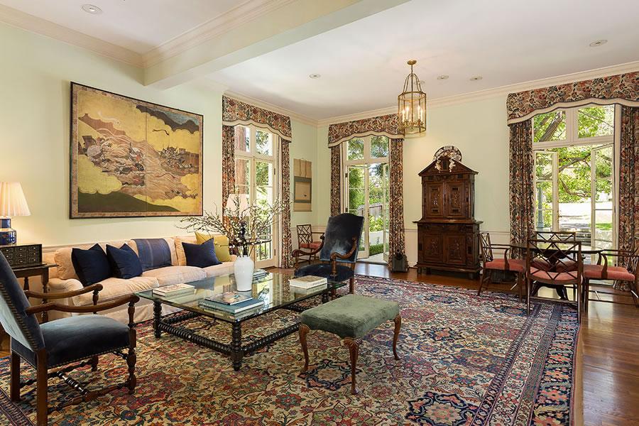395 Hampton Road Family Room