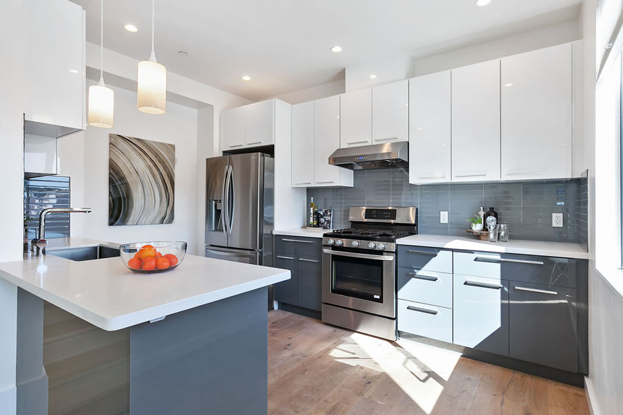 4132 3rd Street #6 - Kitchen