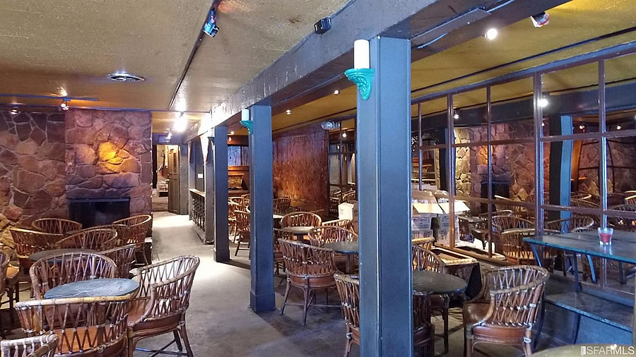The Lion Pub Bar Interior 2