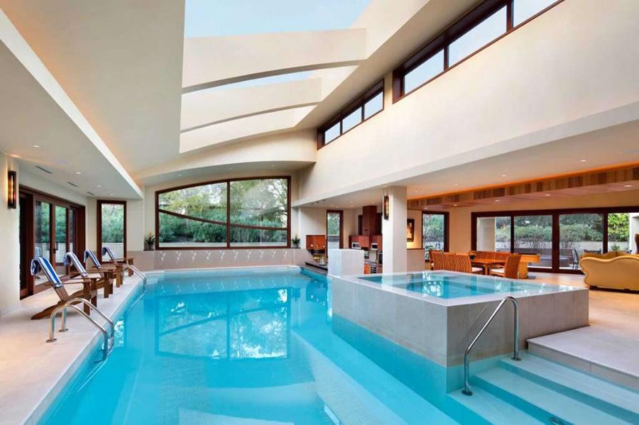 27500 La Vida Real Pool