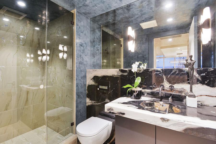 301 Mission PH1A Bathroom