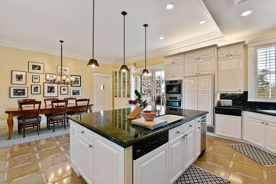 3444 Washington Street Kitchen