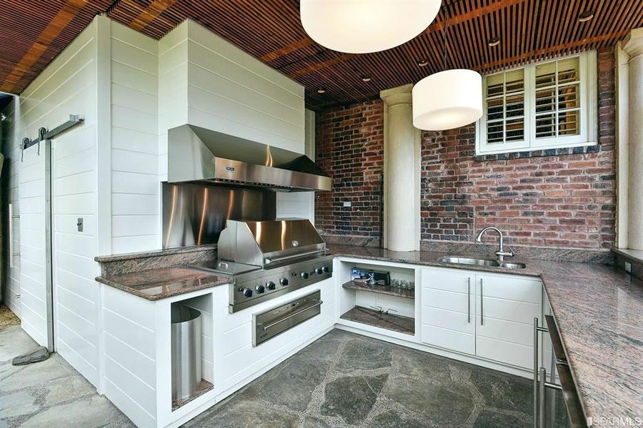3444 Washington Street Outdoor Kitchen