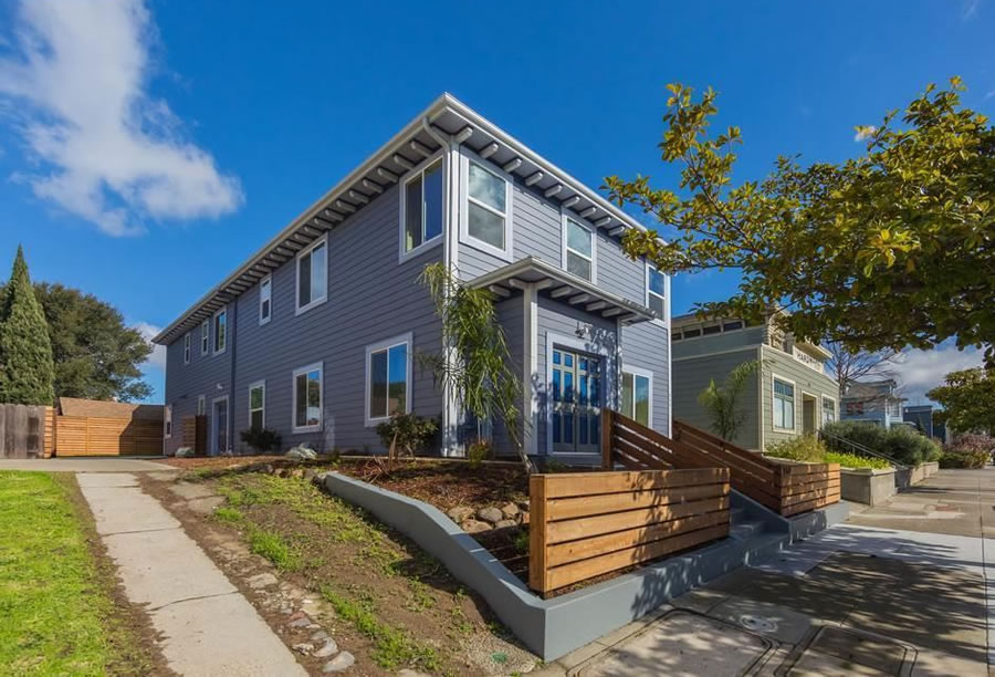 The Story behind This $350K Over Asking Sale in West Oakland