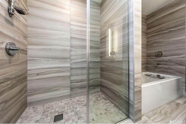 338 Main Street #D35A - Bathroom