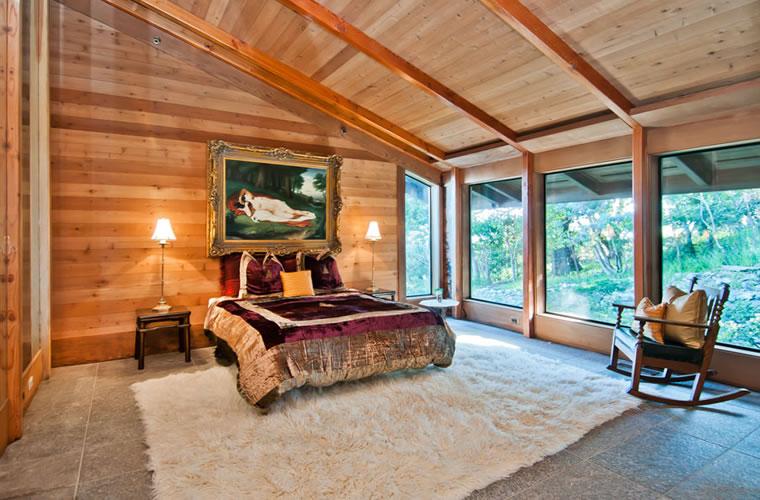 450 Ridge Road Bedroom