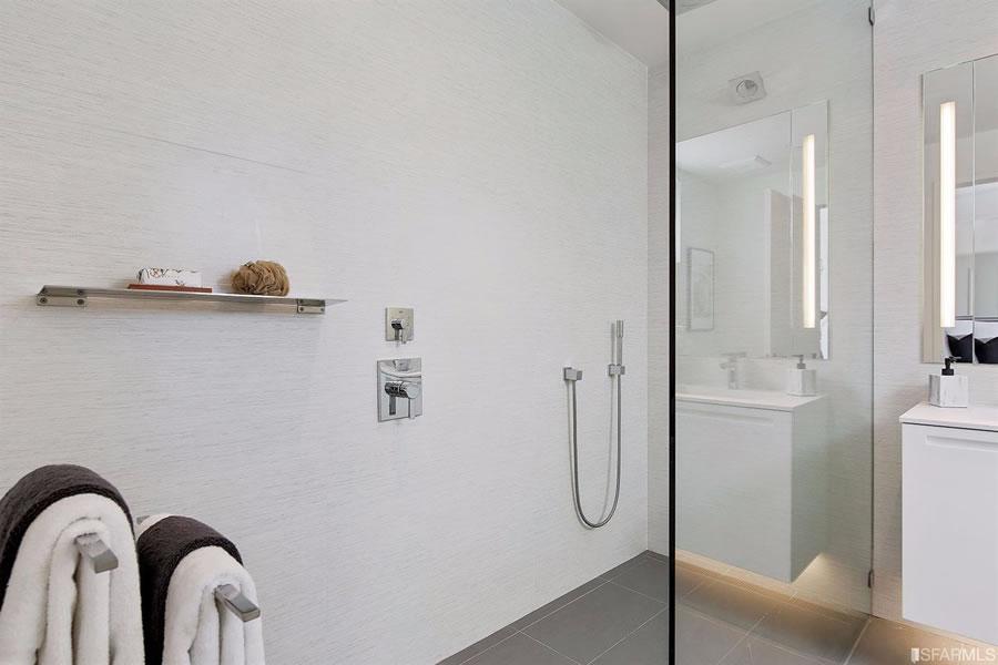 3500 19th Street #206 - Shower