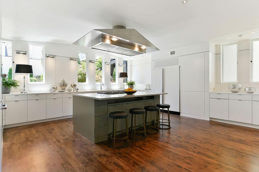 3500 Jackson Street Kitchen