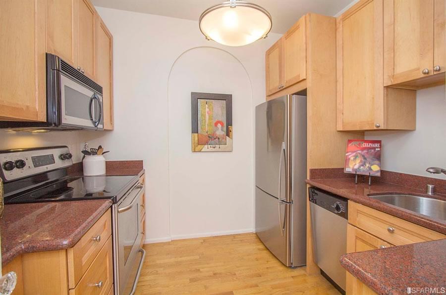 1101 Green Street #303 Kitchen