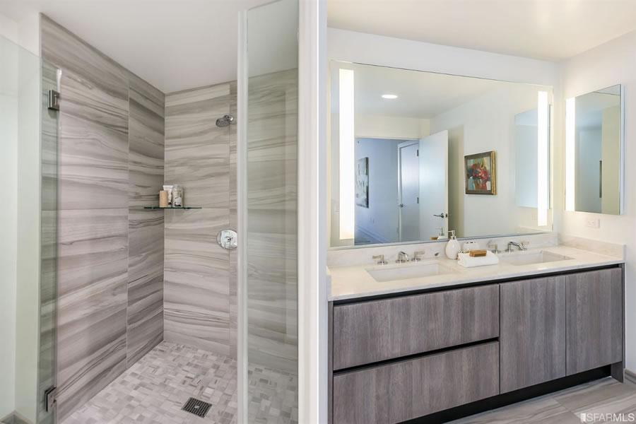 318 Main Street #2A - Bathroom