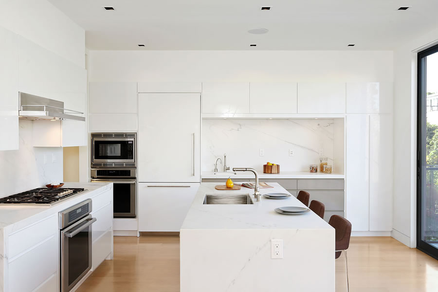 948 Hampshire Street Kitchen
