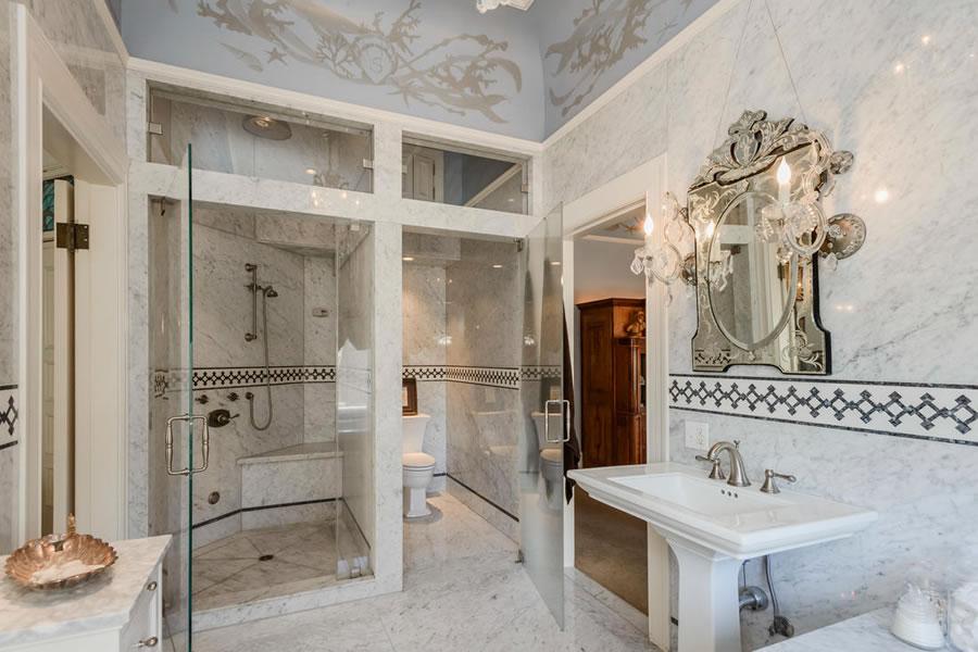 1701 Franklin Street Master Bath