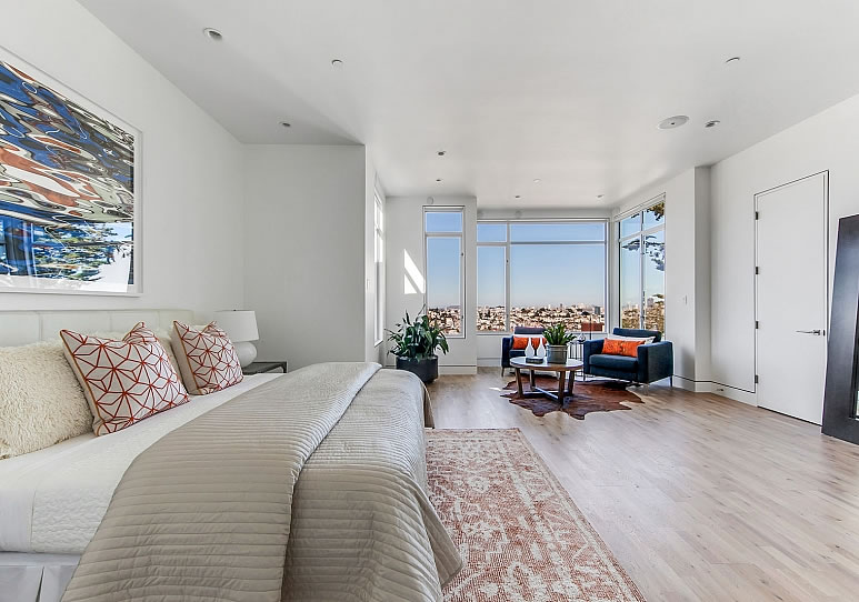 538 28th Street Bedroom