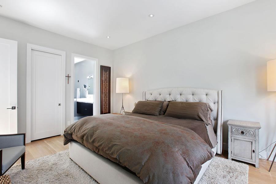 864 Florida Street Bedroom