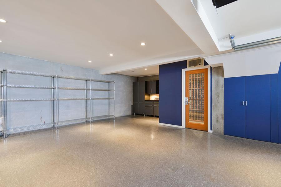 1223 Bosworth 2018 - Garage
