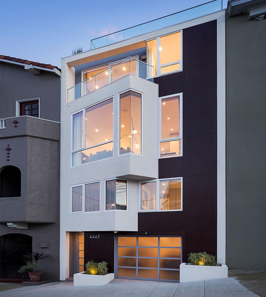 Modern LEED Platinum Home Fetches $3.7M
