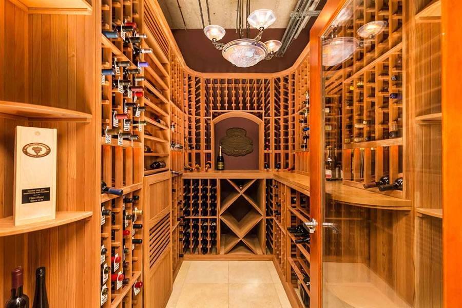 737 2nd Street #405 Wine Closet