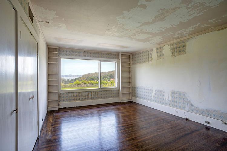 3515 Pacific Avenue Bedroom