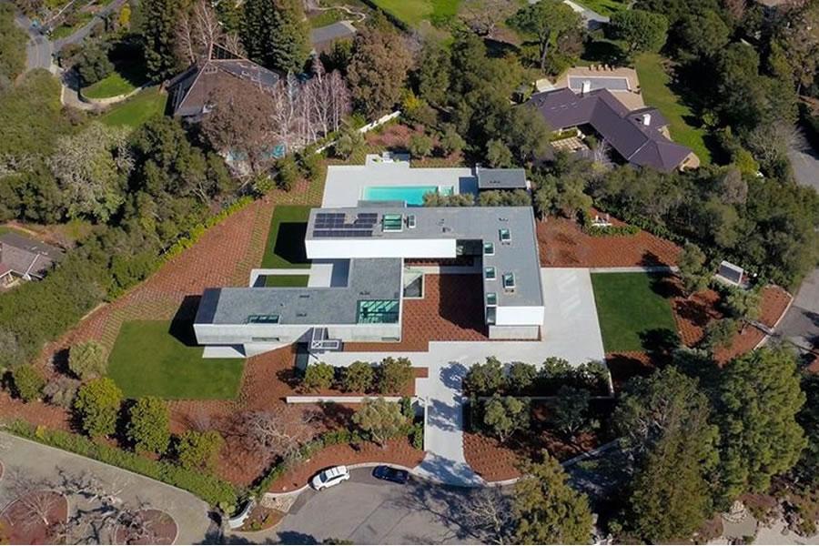 96 Ridge View Drive Aerial