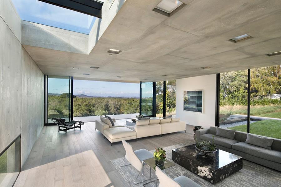96 Ridge View Drive Living