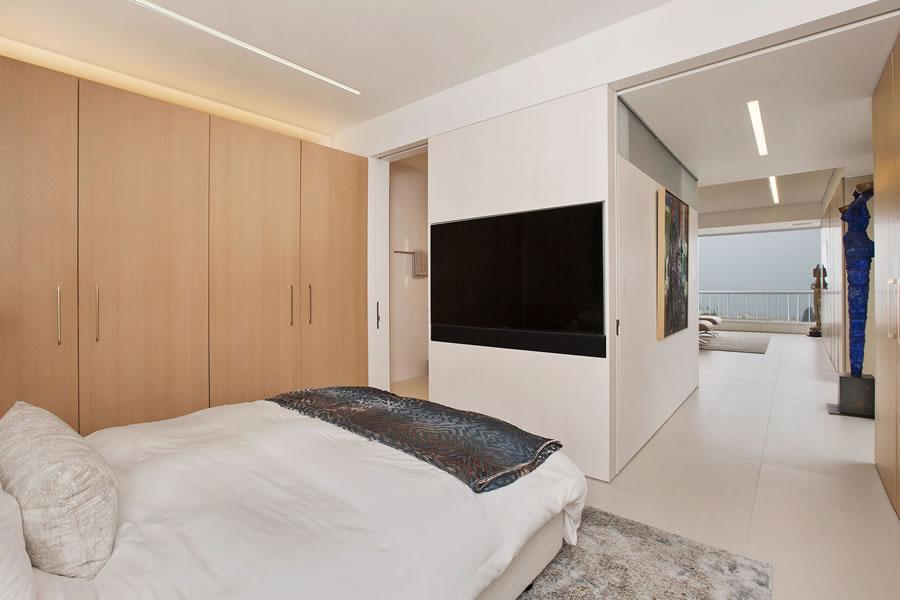 1070 Green Street #201 Master Bedroom Reverse