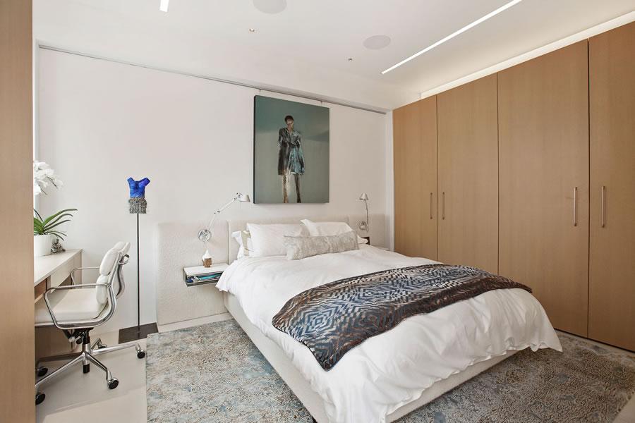 1070 Green Street #201 Master Bedroom