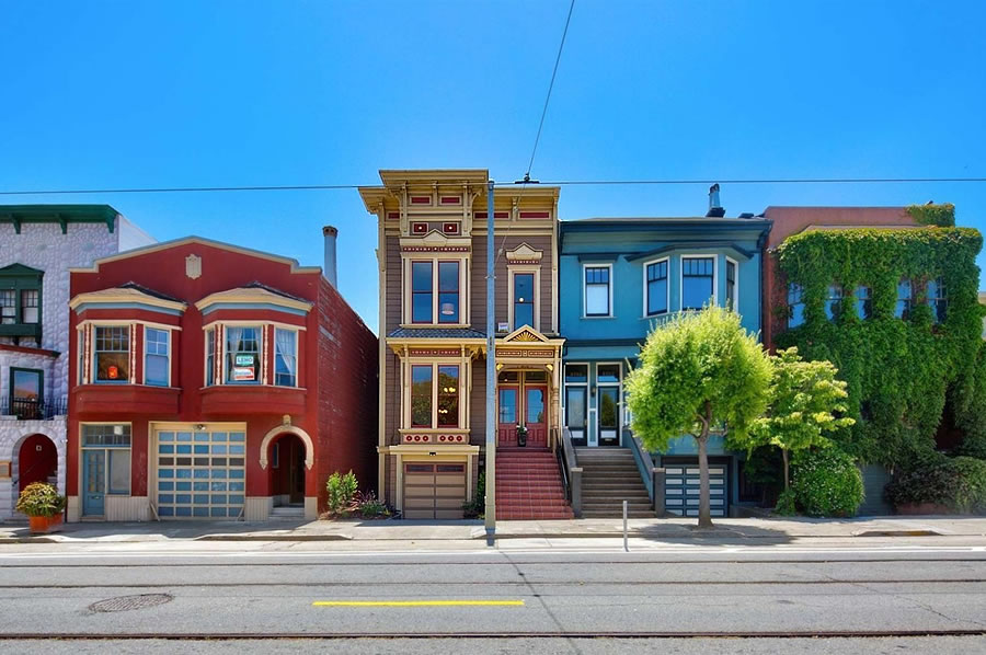 Whitewashed Victorian Fetches $250K More