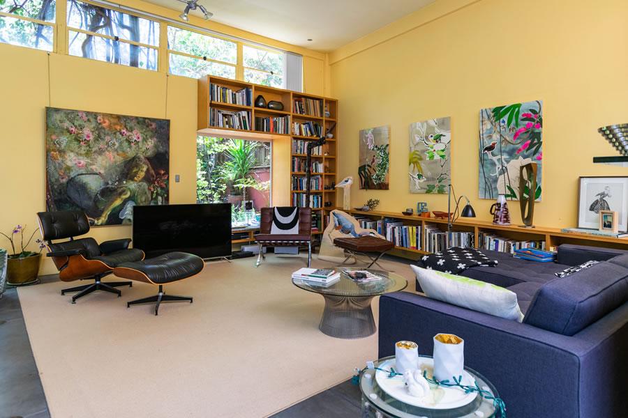 1240 Valencia Street - Living
