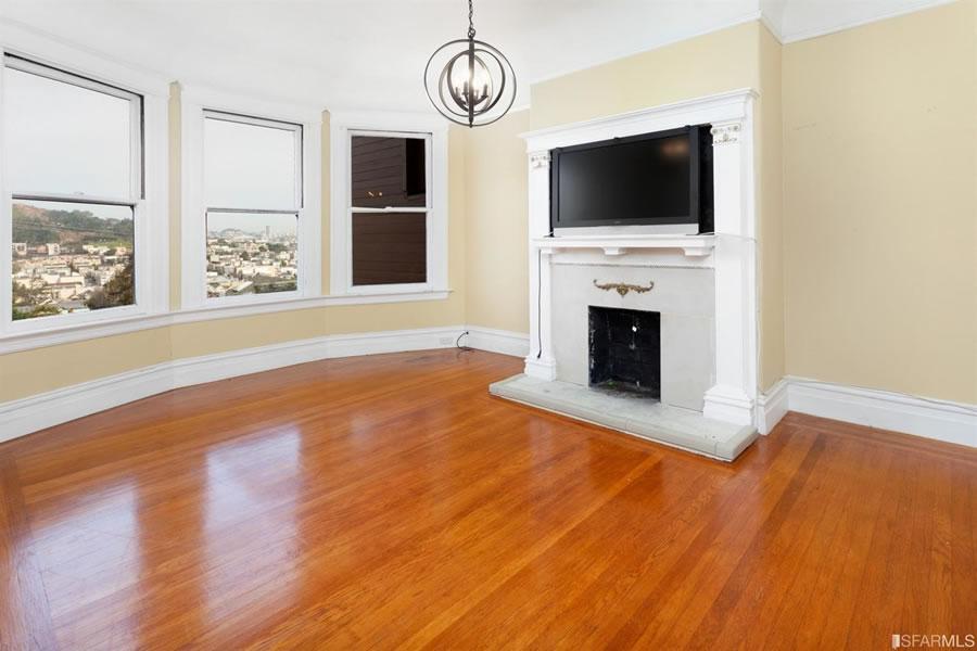 4547 20th Street Living