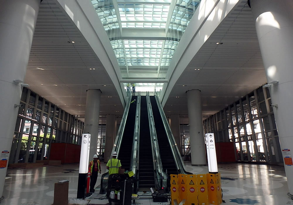 Fissure Forces Closure of New Salesforce Transit Center