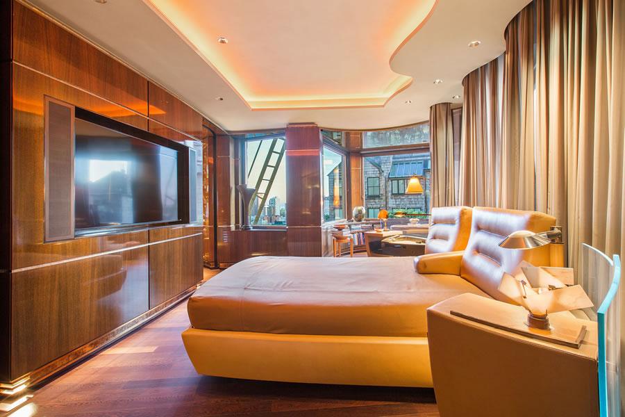 947 Green Street #6 - Master Bedroom