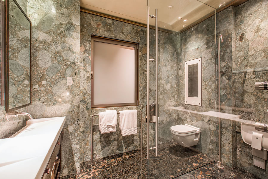 947 Green Street #6 - Master Shower
