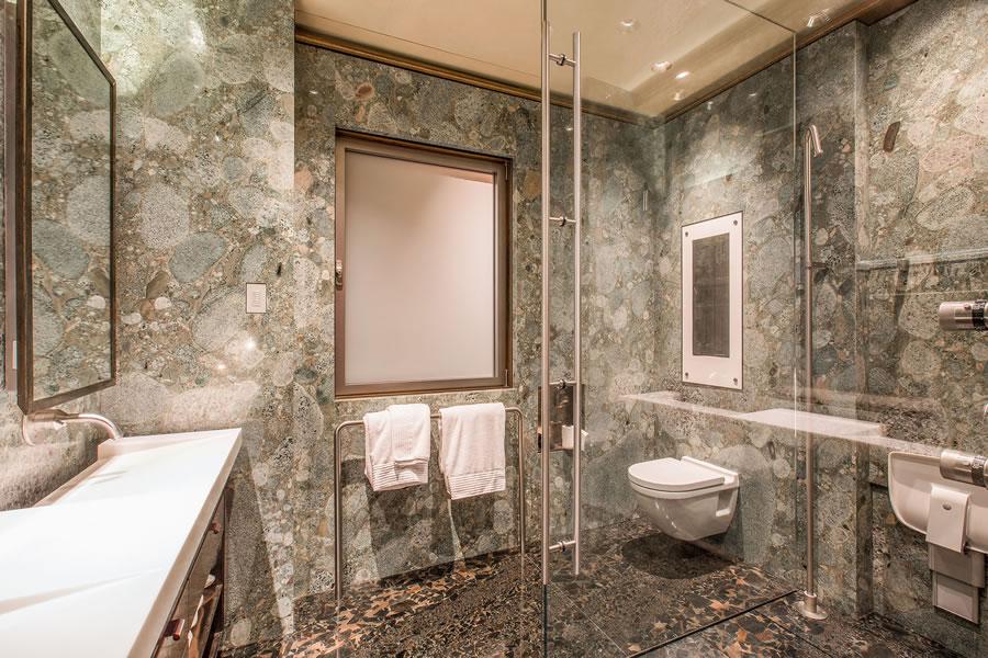 947 Green Street #6 - Master Shower