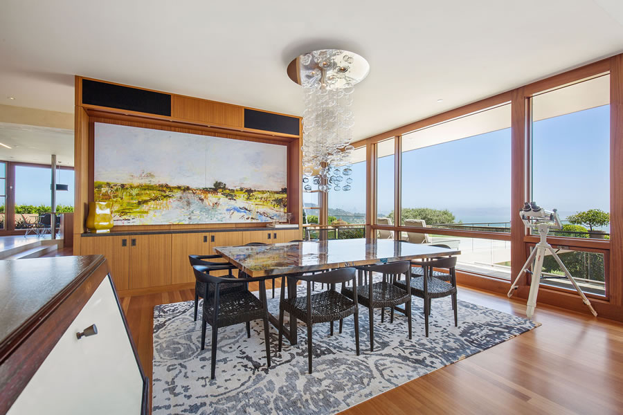 1925 Straits View Drive 2018 - Dining