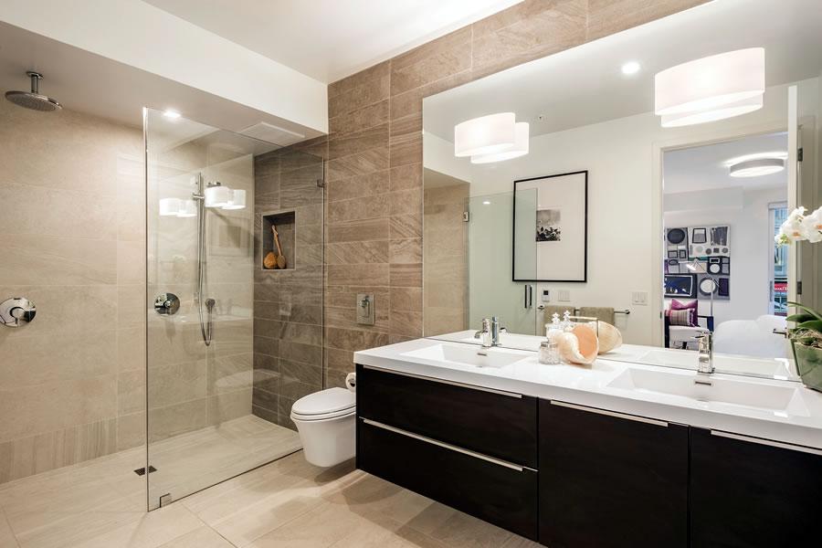 3590 20th Street #205 Bathroom