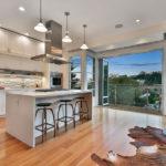 High-Tech Noe Home Drops Nearly 9 Percent