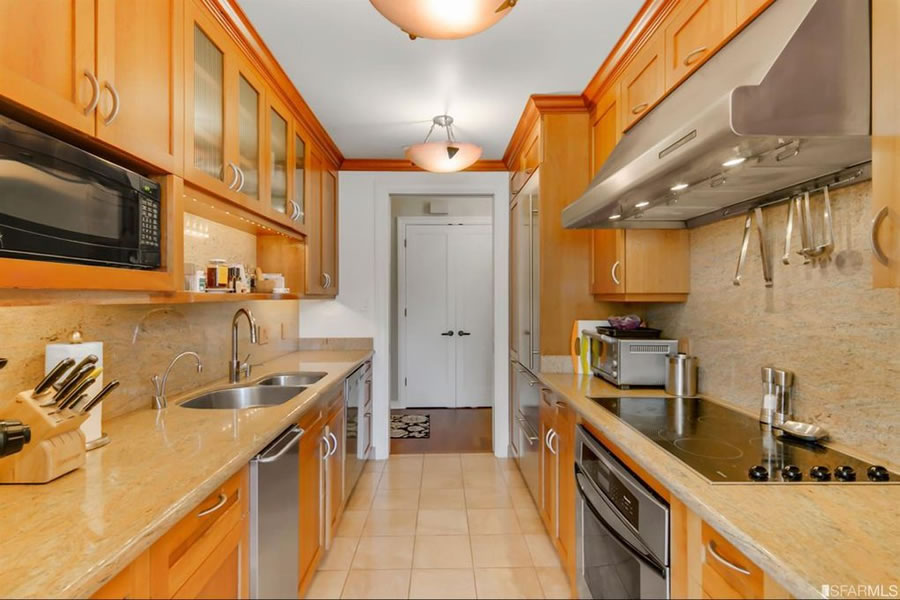 101 Lombard Street #314E - Kitchen