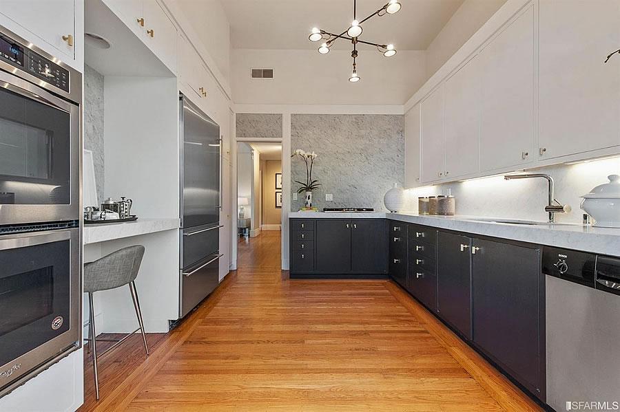 2500 Leavenworth Kitchen