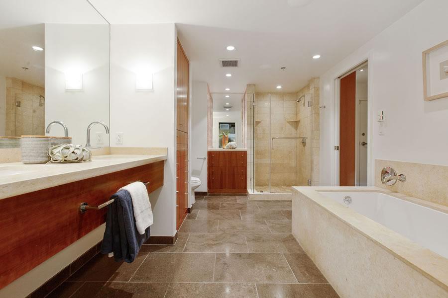 560 Haight Street #106 Bathroom