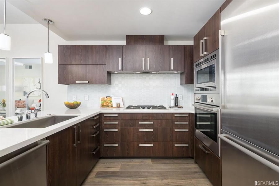 72 Townsend #502 Kitchen