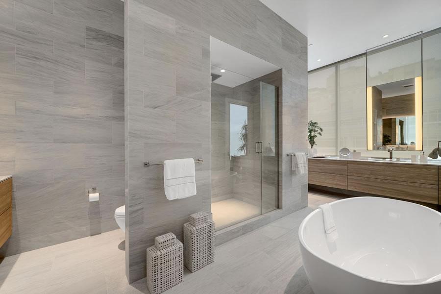 2121 Webster Street #501 Master Bath