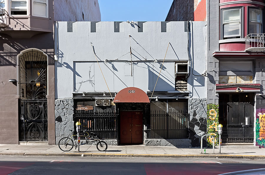 Another Institution on the Market in the Tenderloin