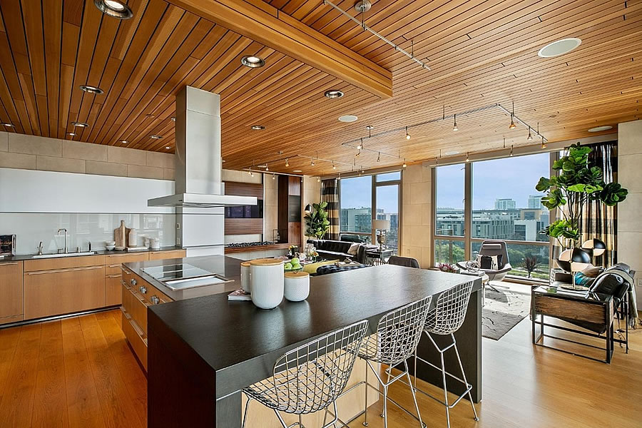 Designer Penthouse Fetches a Few Percent over Its 2016 Price