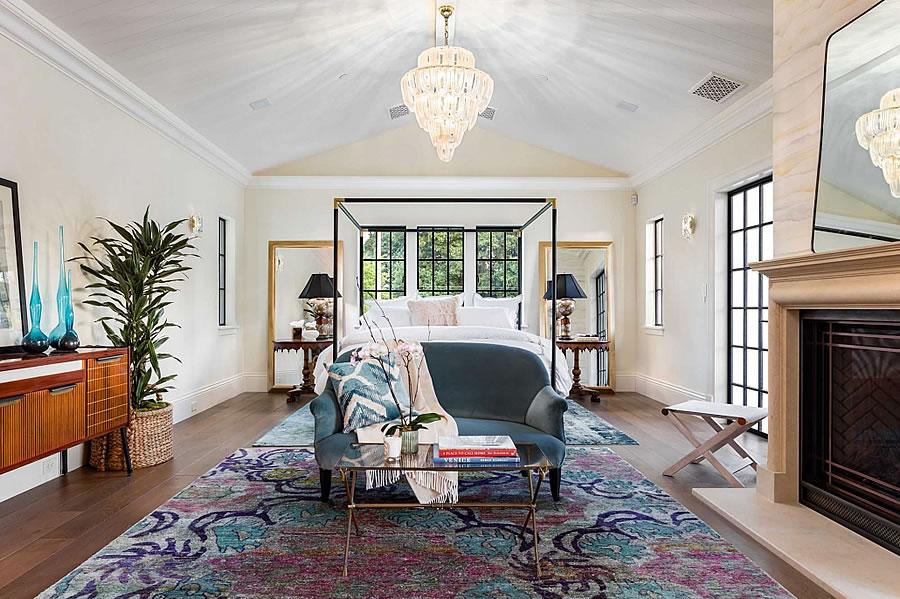 369 Churchill Avenue Bedroom