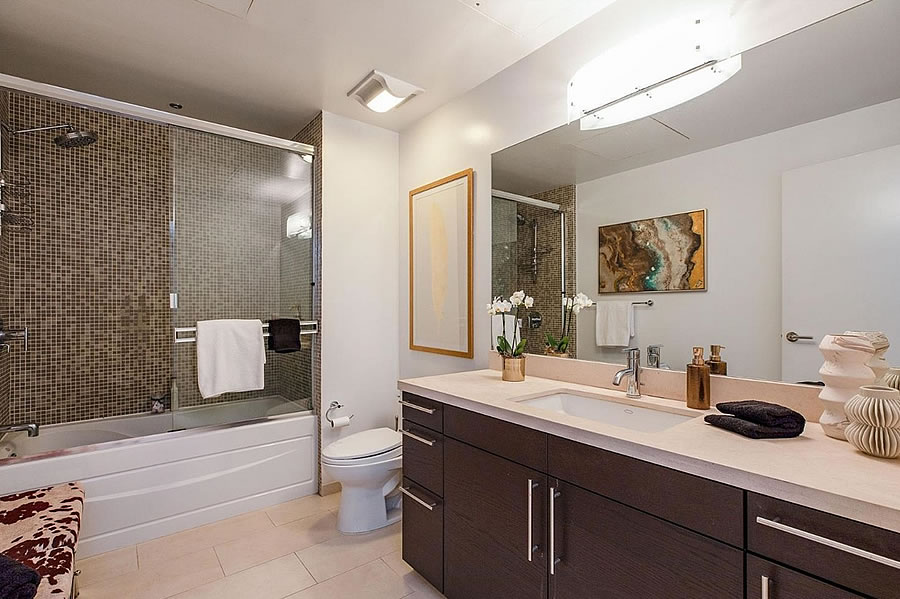 733 Front Street #507 Bathroom